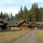 Karpaten - Rumänien - Blick auf das Jagdschloß -frontal