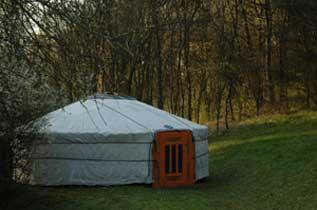 Schwierigkeiten schamanische Reise - Mogolische Jurte im Garten