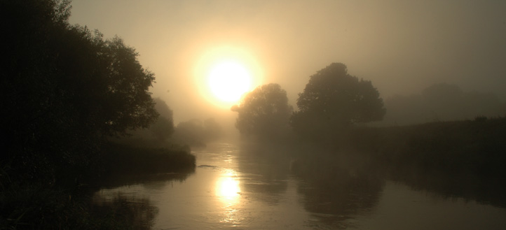 Der Fluss des Lebens - Fluss mit Sonne_Lahnaue